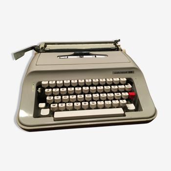 Machine à écrire Underwood, 319
