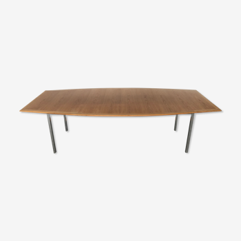 Table boat shaped table de Florence knoll pour knoll international 1967