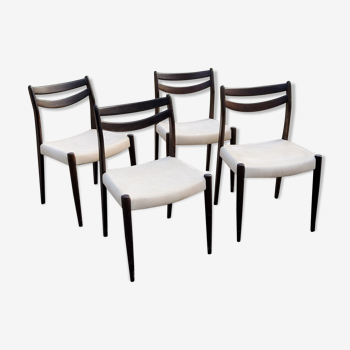 Set of 4 Scandinavian style chairs from the 70s