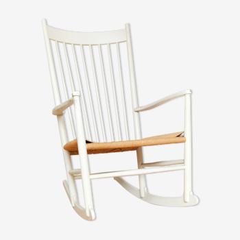 Rocking chair J16 Hans J.Wegner pour FDB Møbler