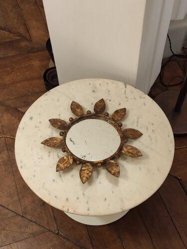 Miroir floral en métal doré