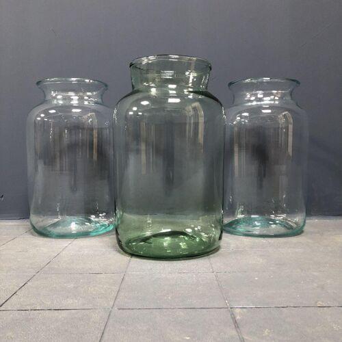 Pot en verre d'origine hongroise