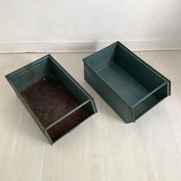 Paire de casiers métalliques industriels Schaeffer