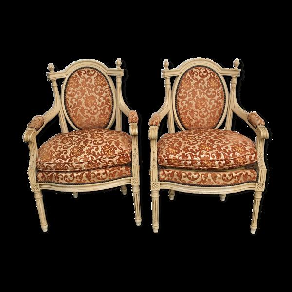 Duo de fauteuils anciens