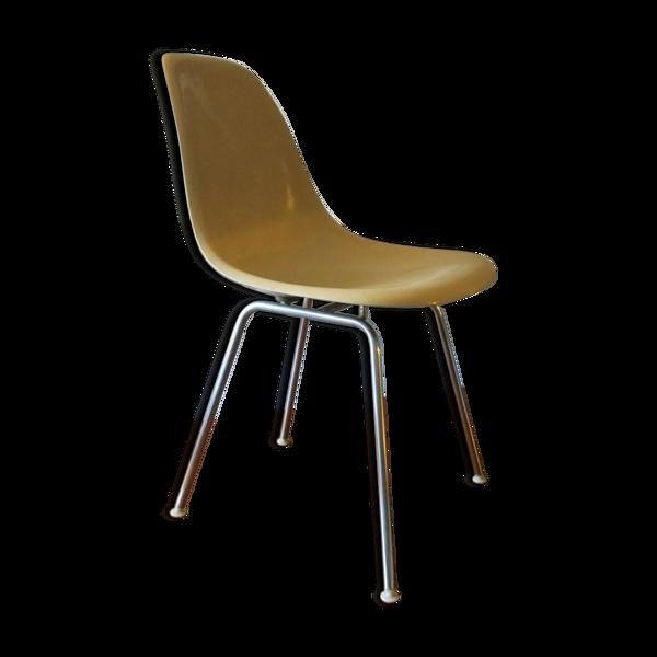 Early DSX Fiberglass Chair par Charles & Ray Eames pour Herman Miller années 1950