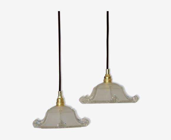 Deux suspensions en verre art deco forme pagode