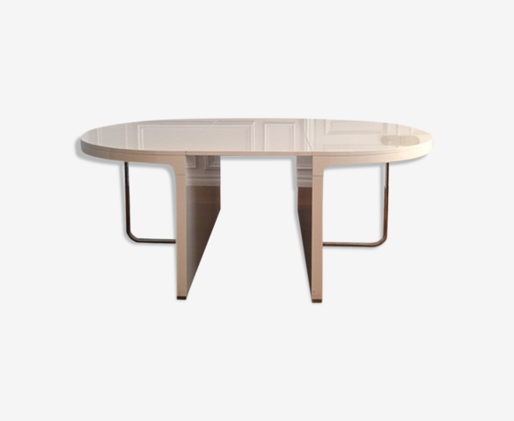 Table Cinna ligne Roset de Hyannis Port.