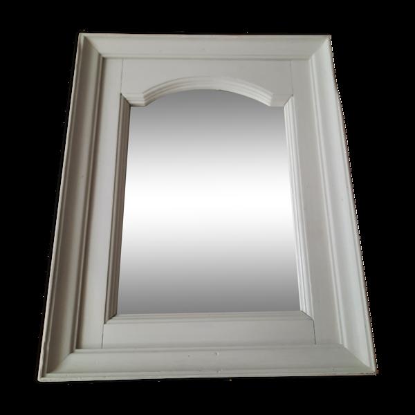 Miroir dans un cadre en bois ancien gris clair shabby chic 46x57cm