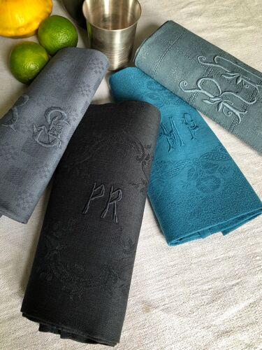 Suite of tinted antique napkins