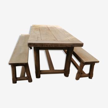 Table de ferme avec bancs en chêne massif