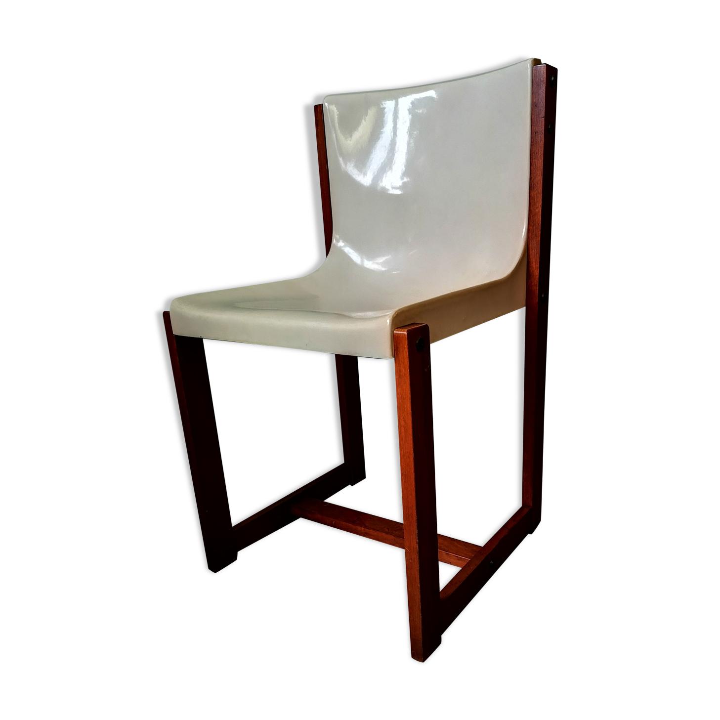 Chaise monocoque Gautier