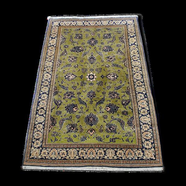 Tapis persan authentique fond vert et bleu marine  257cm x 166cm