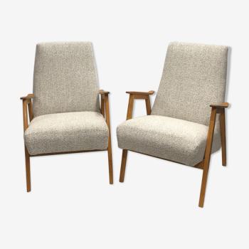 Paire de fauteuils années 60 retapissés