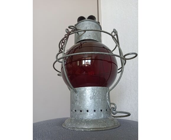 Lanterne de bateau ancienne