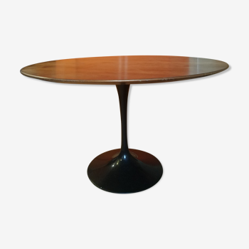 Table d'Eero Saarinen table Knoll edition