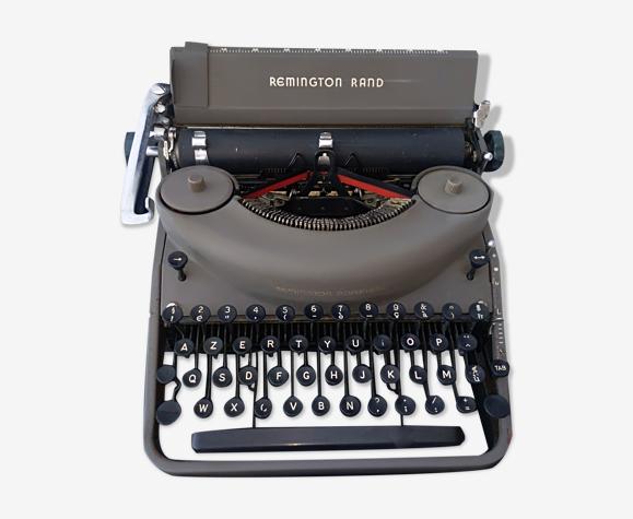 Machine à écrire Remington portative avec sa valise et sa housse d'origine