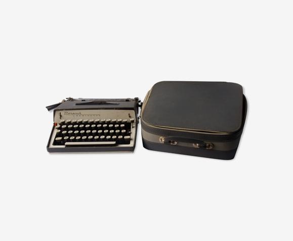 Machine à écrire avec malette de transport Remington