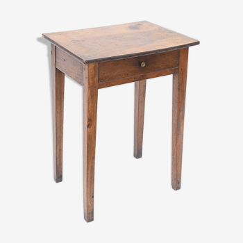 Table de nuit en bois naturel