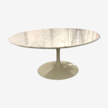 Table basse ovale d'Eero Saarinen pour Knoll marbre blanc