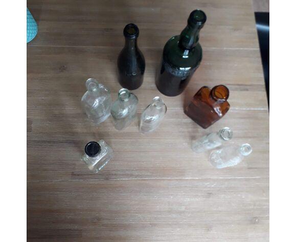 9 vieilles bouteilles