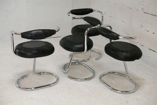 4 chaises acier tubulaire, simili-cuir noir, Italie, circa 1970