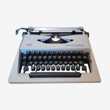 Olympia Special typewriter, functional