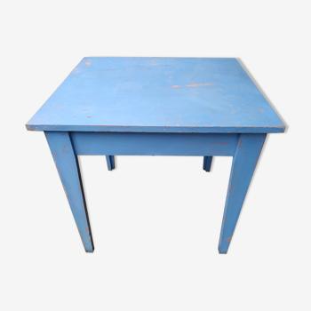 Table en sapin vintage patinée bleue