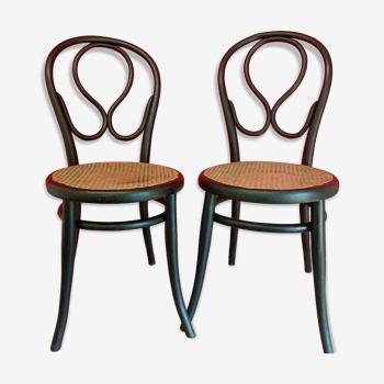 """Paire de chaises Thonet n°20 dite """"oméga"""""""