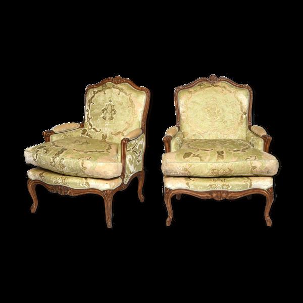 Paire de bergères de style Louis XV en bois teinté