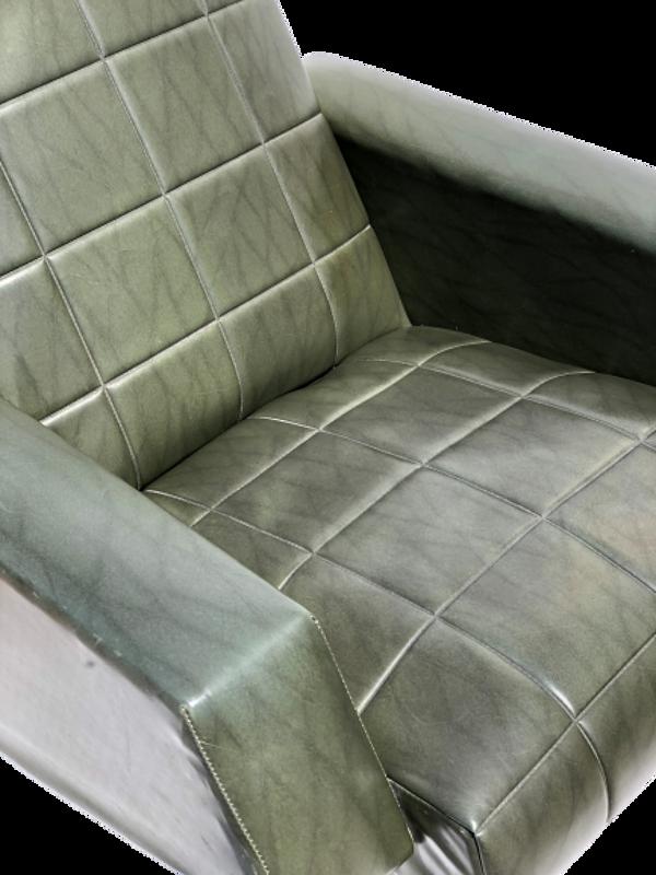 Fauteuil vintage simili cuir vert années 50/60