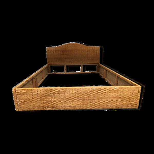 Cadre de lit en rotin vintage des années 60