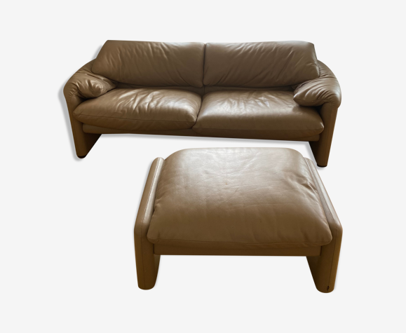 Set sofa and pouf Maralunga Vico Magistretti Cassina 2012