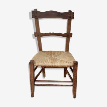 Chaise d'enfant paillée