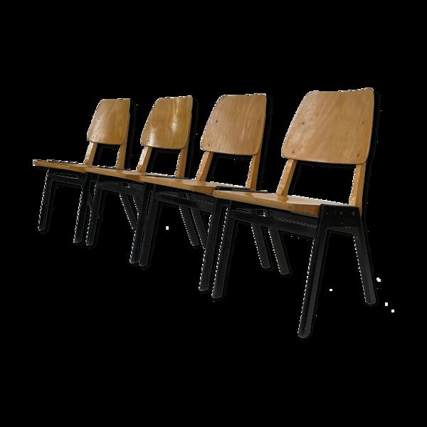 Suite de quatre chaises vintage en bois 1960