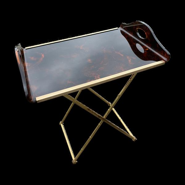 Table d'appoint laiton doré et lucite facon écaille de tortue
