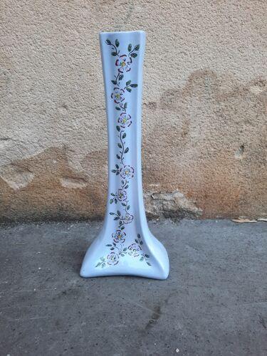 Vase en céramique à motifs floraux