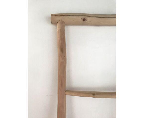 Echelle décorative en bois