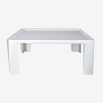 Amanta coffee table by Mario Bellini for C&B 1966