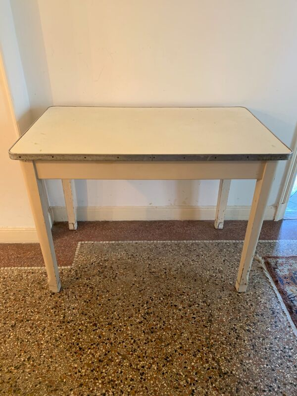 Table blanche 50's