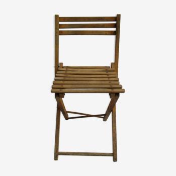 Chaise ancienne pliante en bois