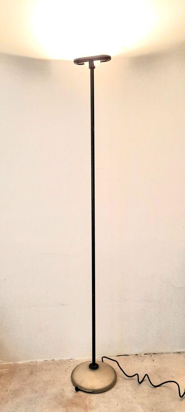 Lampadaire Arteluce par Perry King Santiago Miranda Gianluigi Arnaldi modèle Jill vers 1978