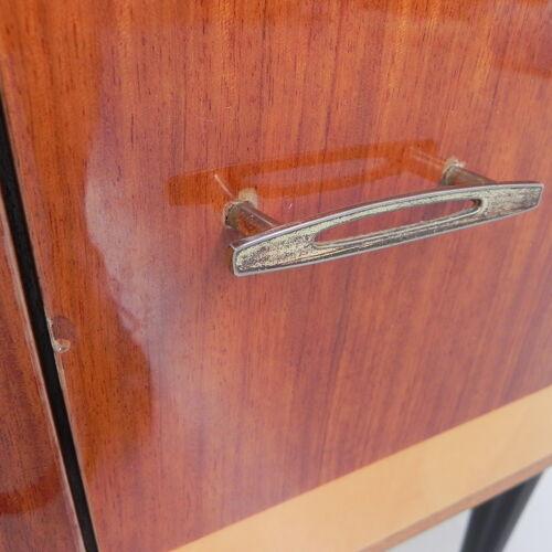 Buffet vintage avec 2 portes de 120 cm de large