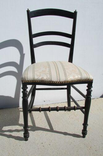 Chaise Napoléon III en bois noirci