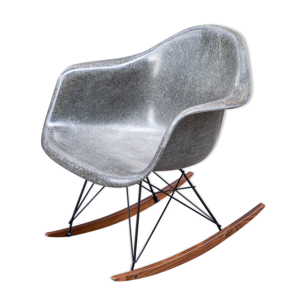 Selency Rocking chair Elephant grey de Charles & Ray Eames pour Herman Miller