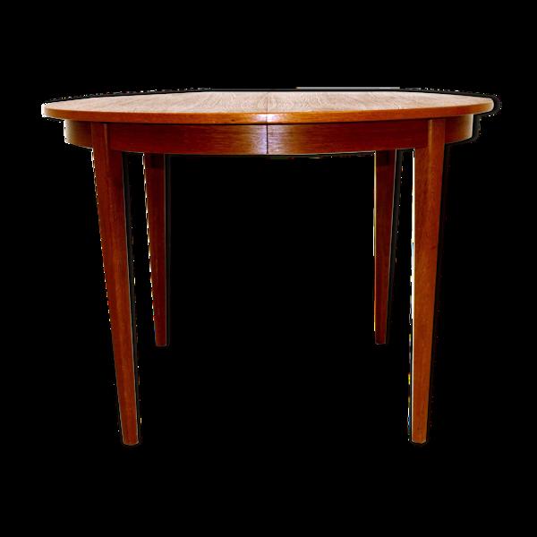 Selency Table de salle à manger en teck et en chêne, Suède, 1960