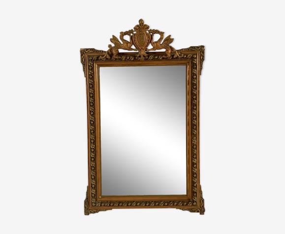 Miroir Napoléon III, doré avec fronton - 105x67cm