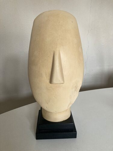 Tete d'idole art cycladique femme age de bronze pré hellénique