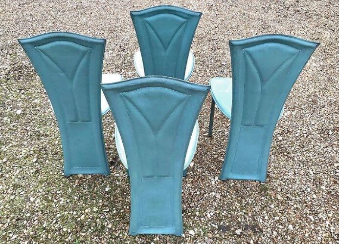 5 chaises