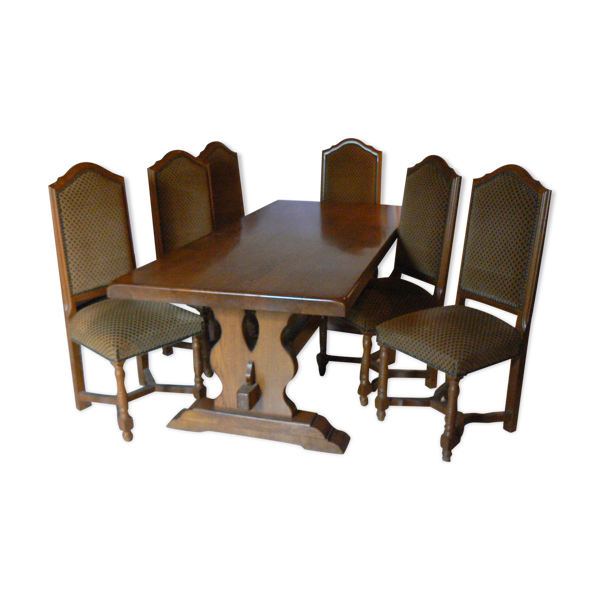 Table de salle a manger et ses 6 chaises