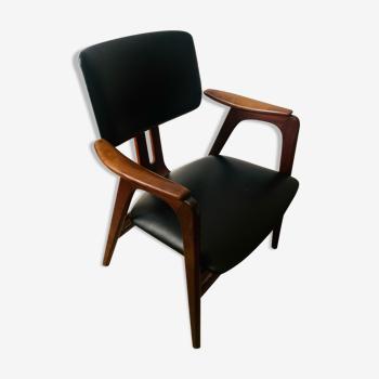 Chaise de design neeralndais conçue par Cees Braakman pour Pastoe.